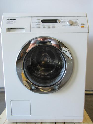 Miele W5864 Refurbished Main Image