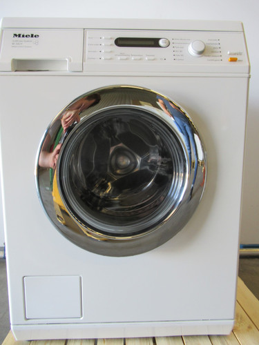 Miele W3821 Refurbished Main Image