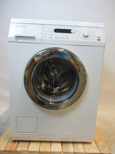 Miele W5825 Refurbished Main Image