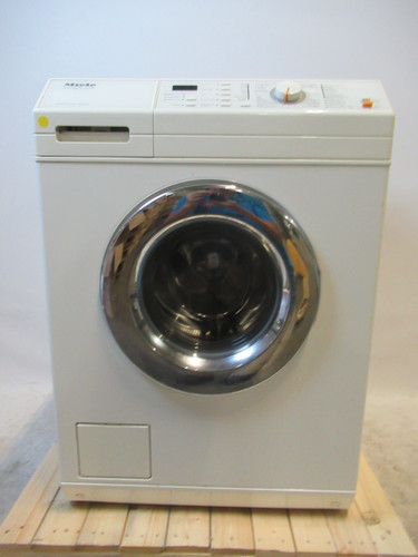 Miele W3756 Refurbished Main Image