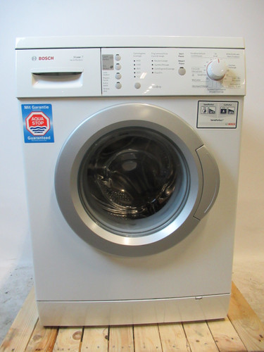 Bosch WAE28174EX Refurbished Main Image