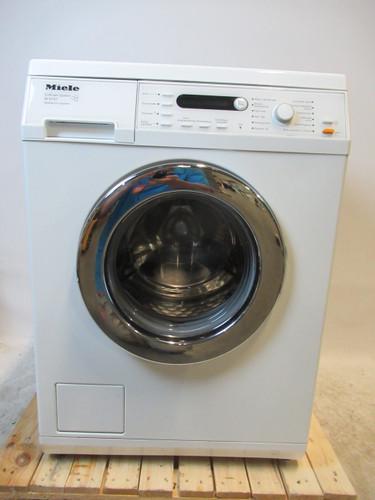 Miele W5737 Refurbished Main Image