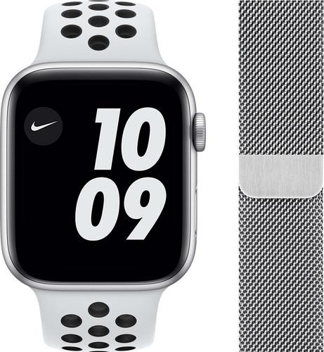 Apple Watch Nike Series 6 44mm Zilver Aluminium Witte Sportband + Polsband Milanees Zilver Main Image