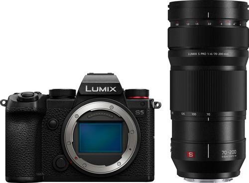 Panasonic Lumix DC-S5 + Lumix S Pro 70-200mm f/4 O.I.S. Main Image
