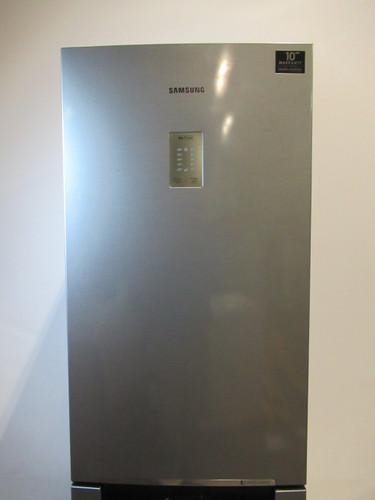 Samsung RB33N340NSA Refurbished (met schade) Main Image