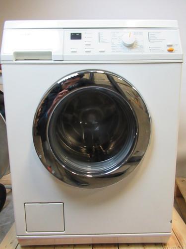Miele W2205 Refurbished Main Image
