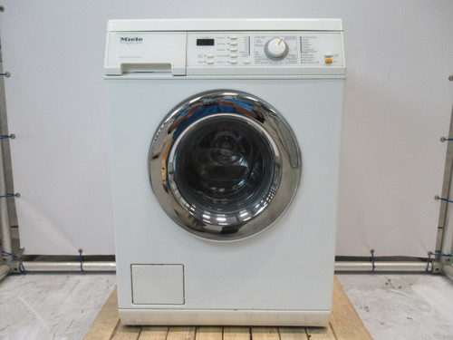 Miele W463S Refurbished Main Image