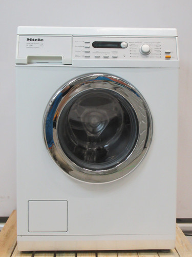 Miele W5847WPS Refurbished Main Image