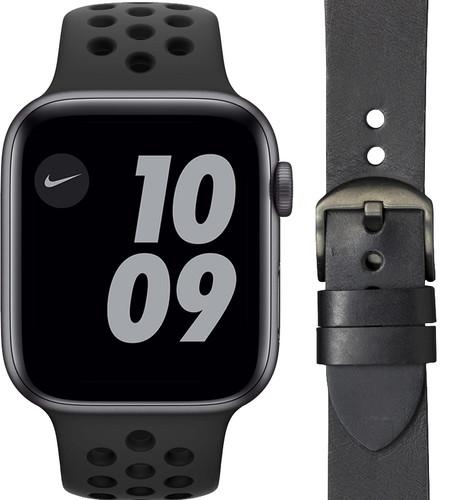 Apple Watch Nike SE 44mm Space Gray Zwart Bandje + DBramante1928 Leren Bandje Zwart Main Image