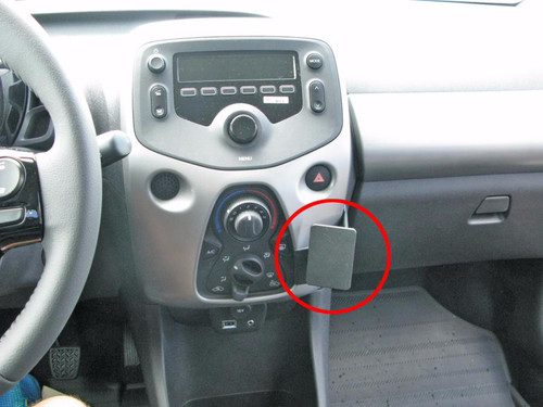 Brodit ProClip Peugeot 108 / Citroën C1 / Toyota Aygo from 2014 Right Angle Attachment Main Image