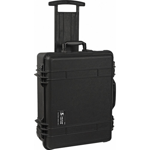 Pelicase 1560 Black with Pick 'n Pluck Foam Main Image