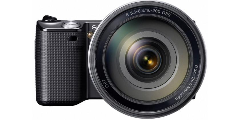 Sony NEX-5 Black + 18-200mm f/3.5-6.3