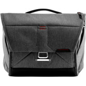 Peak Design the Everyday messenger 13 Grijs