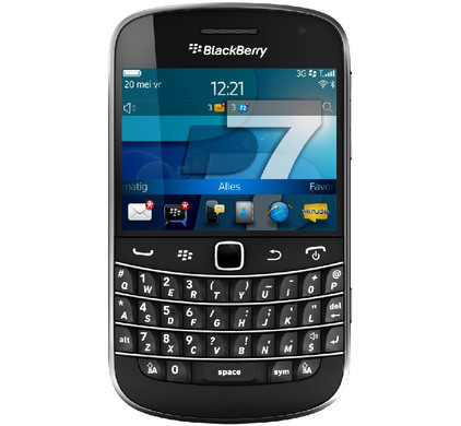 BlackBerry Bold 9900 + Autolader + Screenprotector + Case