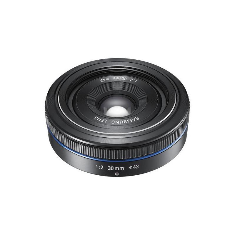 Samsung 30mm f/2.0 Pancake