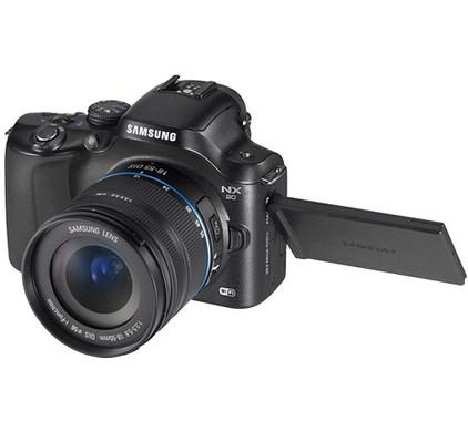 Samsung NX20 kit + geheugen + tas + accu