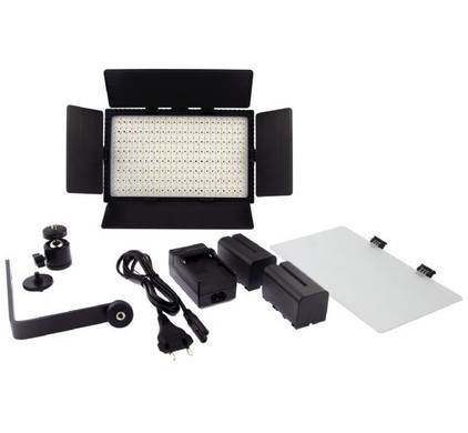 Falcon Eyes LED Lamp Set Dimbaar DV-384CT-K2