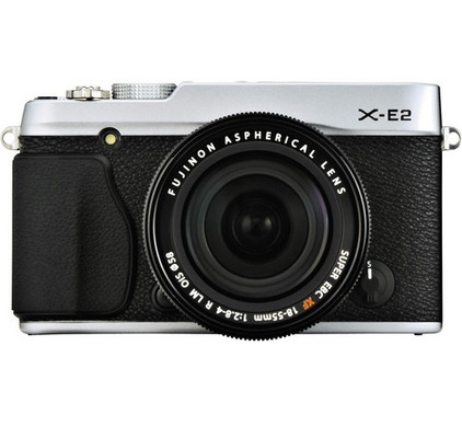 Fujifilm X-E2 + 18-55mm Silver