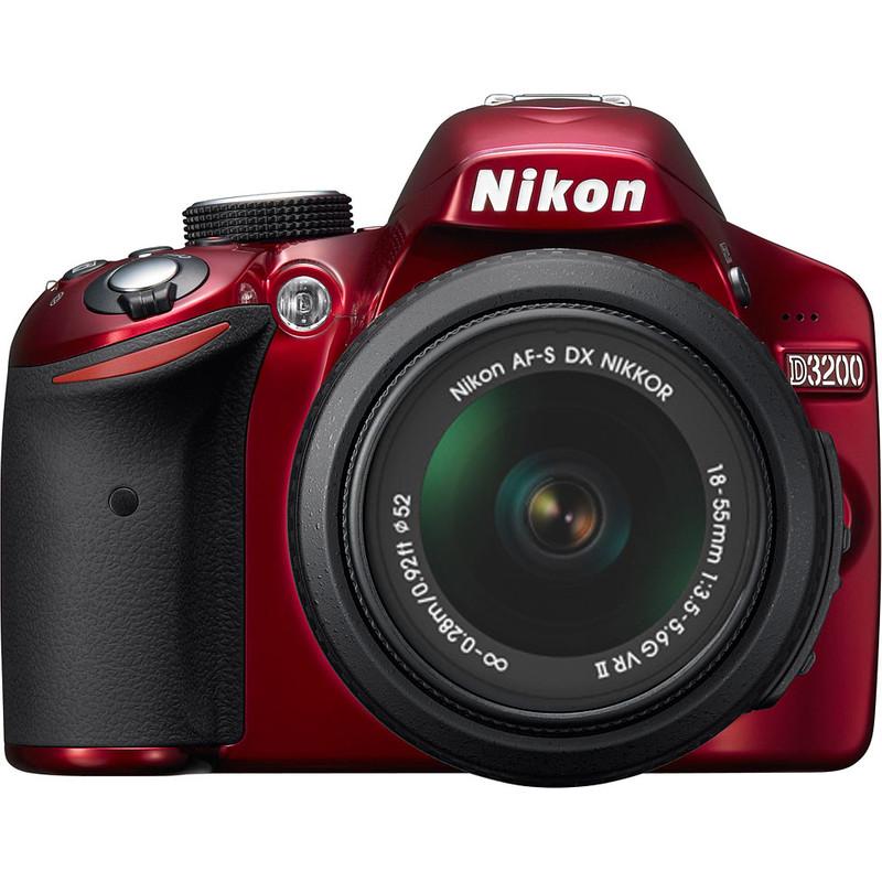 Nikon D3200 + Af-s Dx 18-55mm Vr Ii Rood