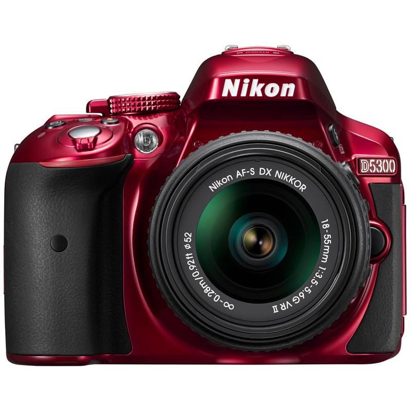 Nikon D5300 + Af-s Dx 18-55mm Vr Ii Rood