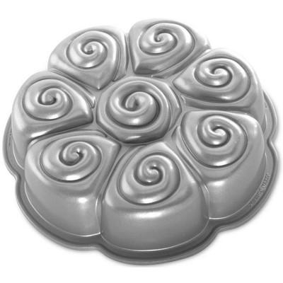 Image of Nordic Ware Bakvorm Cinnamon Pull-Apart Pan
