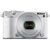 Nikon 1 J5 + 10-30mm wit