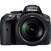 Nikon D5300 + 18-140mm ED VR