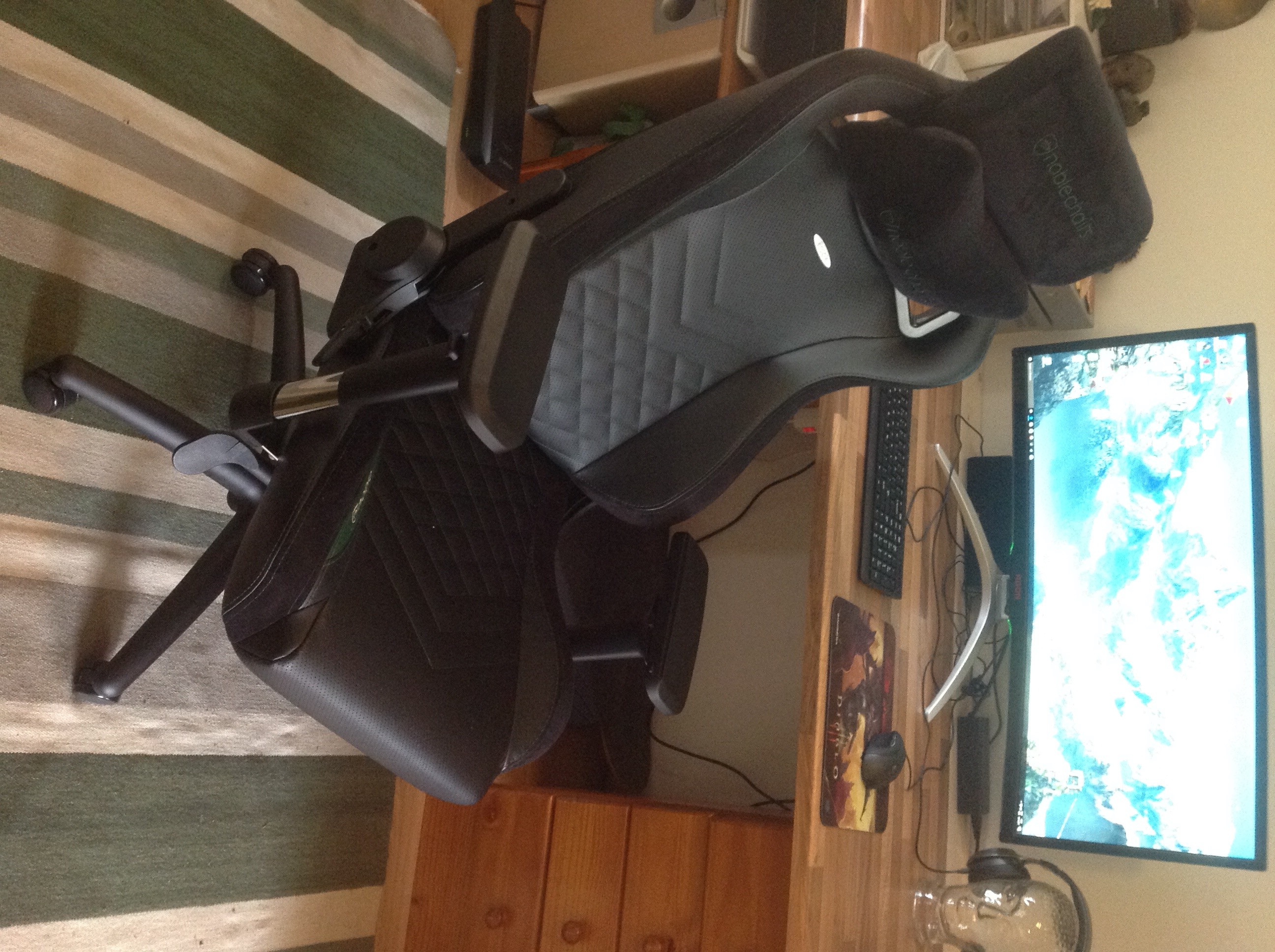noblechairs EPIC Zwart/Rood