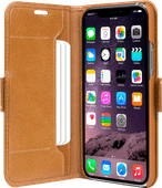 DBramante1928 Copenhagen Apple iPhone 11 Pro Max Book Case Bruin