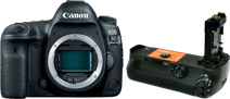 Canon EOS 5D Mark IV + Jupio Battery Grip (BG-E20)