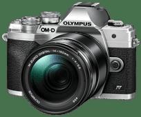 Olympus OM-D E-M10 Mark IV Zilver + 14-150mm f/4.0-5.6 II Zwart