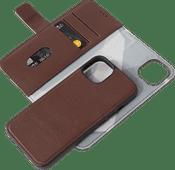Decoded Apple iPhone 13 2-in-1 Case Leer Bruin